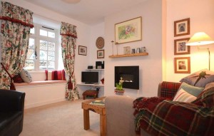 Wells holiday cottages - Mews Cottage Sitting Room