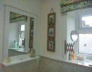 Mews Cottage Bathroom